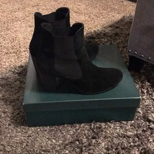Logo by Lori Goldstein suede ankle boots